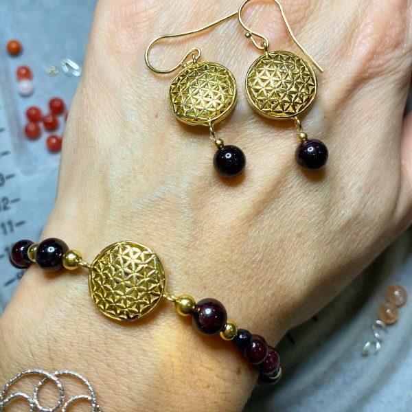 Set: Granat Blume des Lebens - Armband mit Ohrhängern - Gold 1 SanjaNatur
