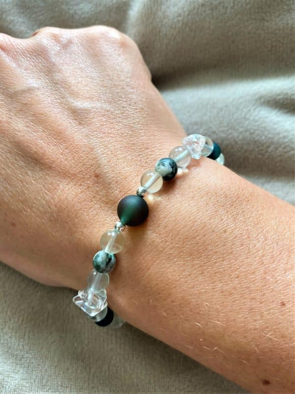 Edelsteinarmband Moosachat, Bergkristall mit Regenbogenfluorit - Ausdauer und Vitalität 1 SanjaNatur
