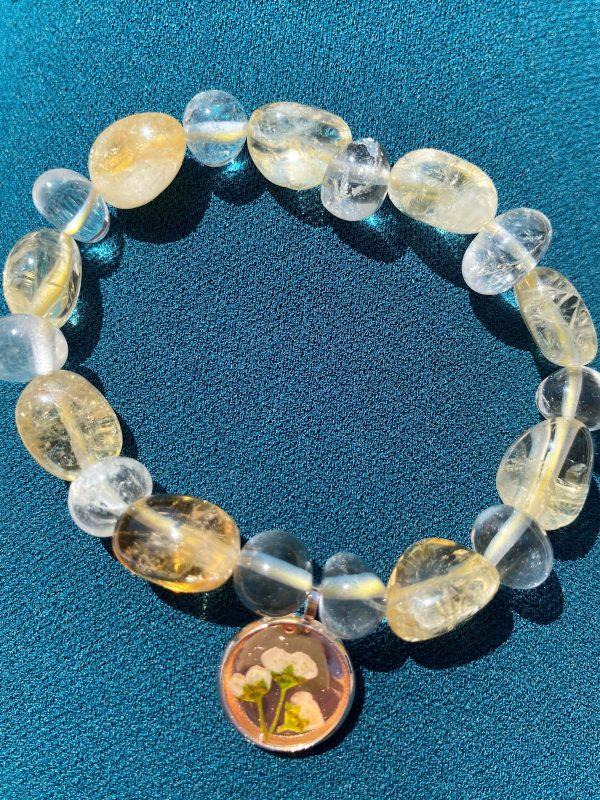 Set: Edelsteinarmband Citrin und Bergkristall mit Blütenanhänger + Orangencalzit Herz - Selbstliebe 5 SanjaNatur
