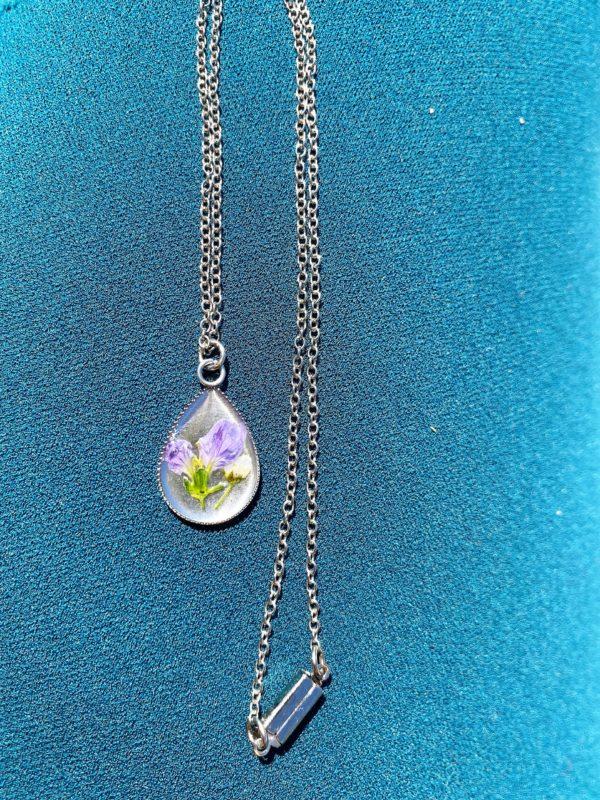Blütenkette lila Frühling 2 SanjaNatur