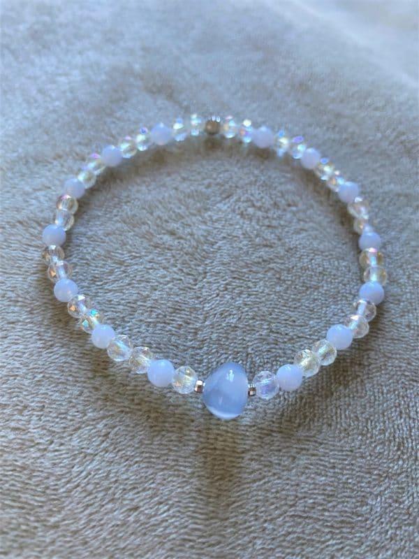Edelsteinarmband Angel Aura mit blauem Chalzedon - Sicherheit und innere Ruhe 2 SanjaNatur