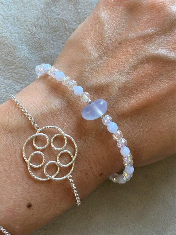 Edelsteinarmband Angel Aura mit blauem Chalzedon - Sicherheit und innere Ruhe 1 SanjaNatur