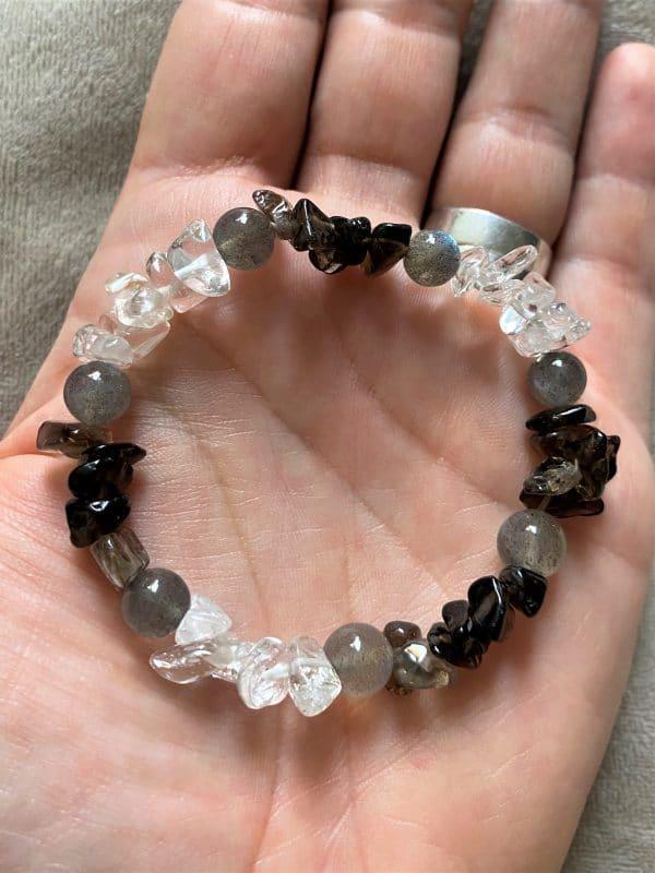 Edelsteinarmband Bergkristall, Rauchquarz  und Labradorit - Entspannung und Sicherheit 3 SanjaNatur