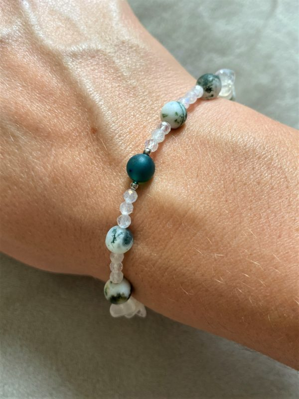 Edelsteinarmband Moosachat mit Mondstein, Labradorit und grünem Achat - Mut und Klarheit 2 SanjaNatur