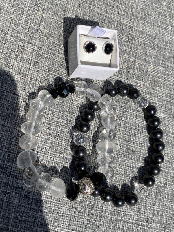 Set - 2 Edelsteinarmbänder Bergkristall und Schungit mit passenden Edelsteinohringen Onyx Schutz und Sicherheit 2 SanjaNatur