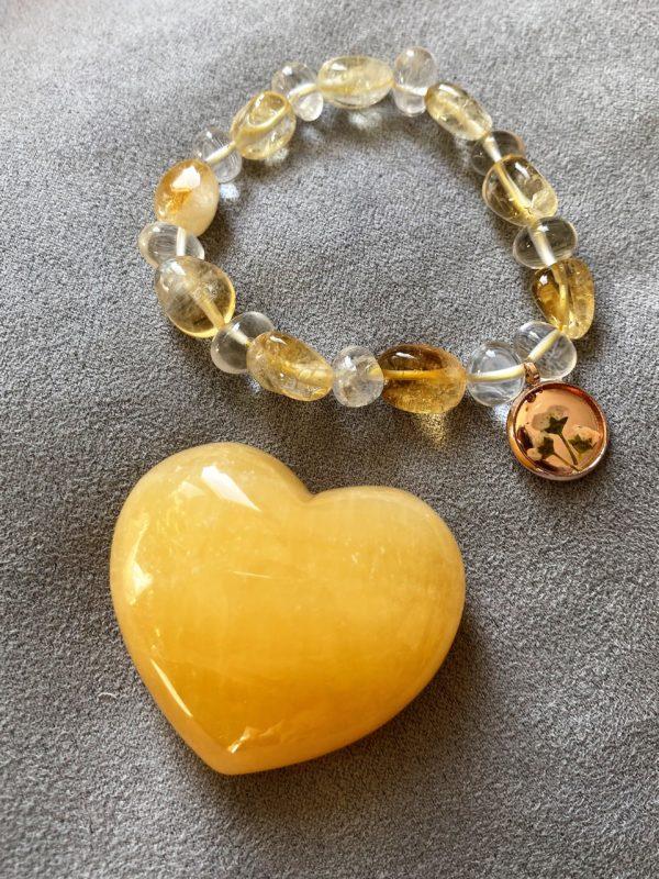 Set: Edelsteinarmband Citrin und Bergkristall mit Blütenanhänger + Orangencalzit Herz - Selbstliebe 3 SanjaNatur