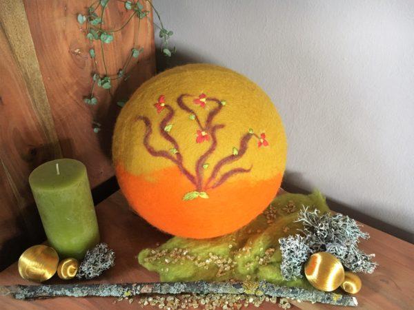 Filzlampe Ø27cm Blumendesign 016 -  Feng Shui - gelb orange 2 SanjaNatur