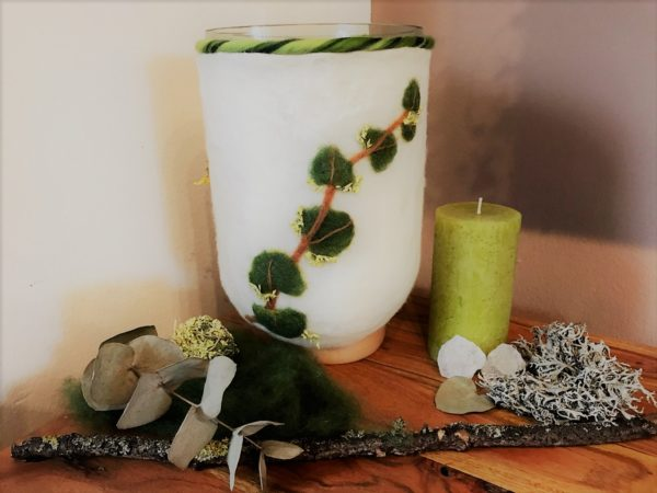 Filzlampe 022 mit echten Blüten - Eukalyptus Inspiration 12 SanjaNatur