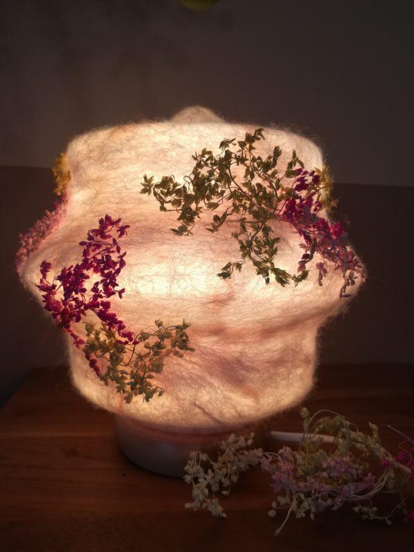 Filzlampe 023 mit echten Blüten - Kirschblüte im Frühling 2 SanjaNatur
