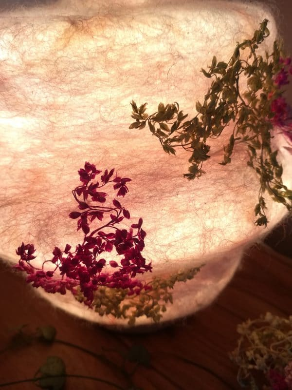 Filzlampe 023 mit echten Blüten - Kirschblüte im Frühling 3 SanjaNatur