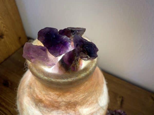 Edelstein Filzlampe 024 - Lavendel glanzfein weiß mit Amethyst und echtem Lavendel 5 SanjaNatur