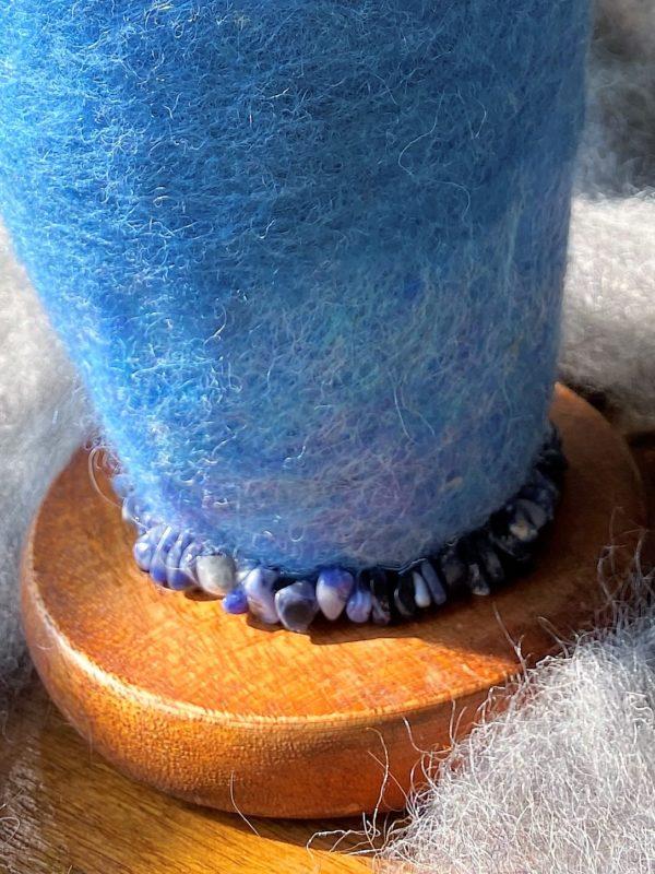 Edelstein Filzlampe 042 - blaues Wunder mit Sodalith und Bergkristall 5 SanjaNatur