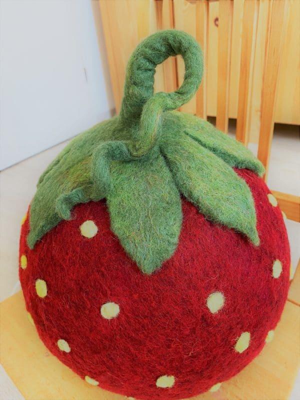 "Filzlampe Ø27cm 046 - Erdbeere ""Erdbert"" 4 SanjaNatur"