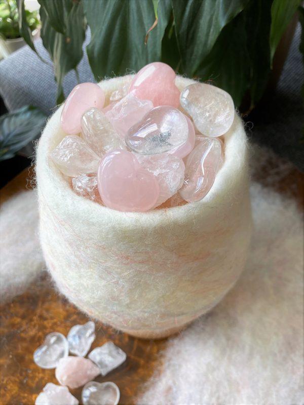 Edelstein Filzlampe 061 - weiß + glanzfein weiß mit Rosenquarz, Bergkristall und Salzkristall 4 SanjaNatur