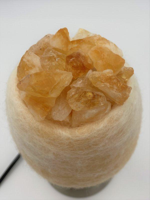 Edelstein Filzlampe 079 - creme/weiß mit Citrin, Orangencalzit und Bergkristall 6 SanjaNatur