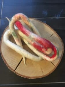 Filzschnüre Ø2cm 001 - weiß, rot, grün 3 SanjaNatur