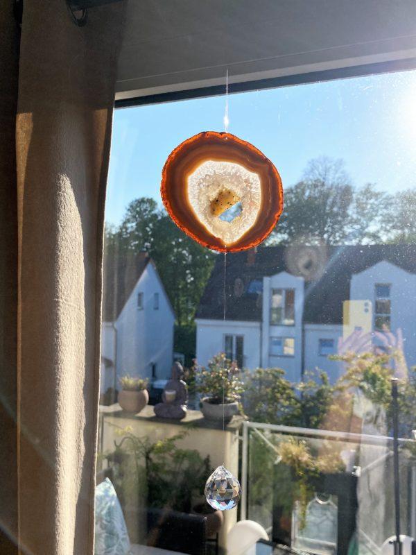 Achatscheibe Seelenfrieden 003 mit Prisma Regenbogenkristall 6 SanjaNatur