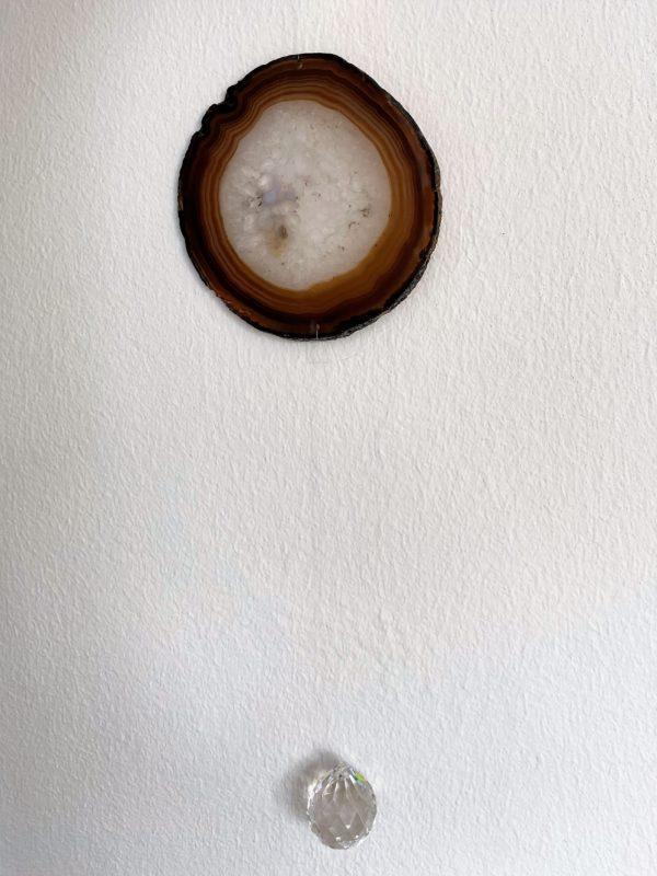 Achatscheibe Seelenfrieden 016 mit Prisma Regenbogenkristall 5 SanjaNatur