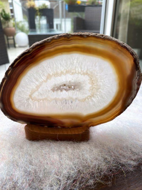 Achatscheibe Seelenfrieden 008 mit Holzständer und Teelicht 1 SanjaNatur