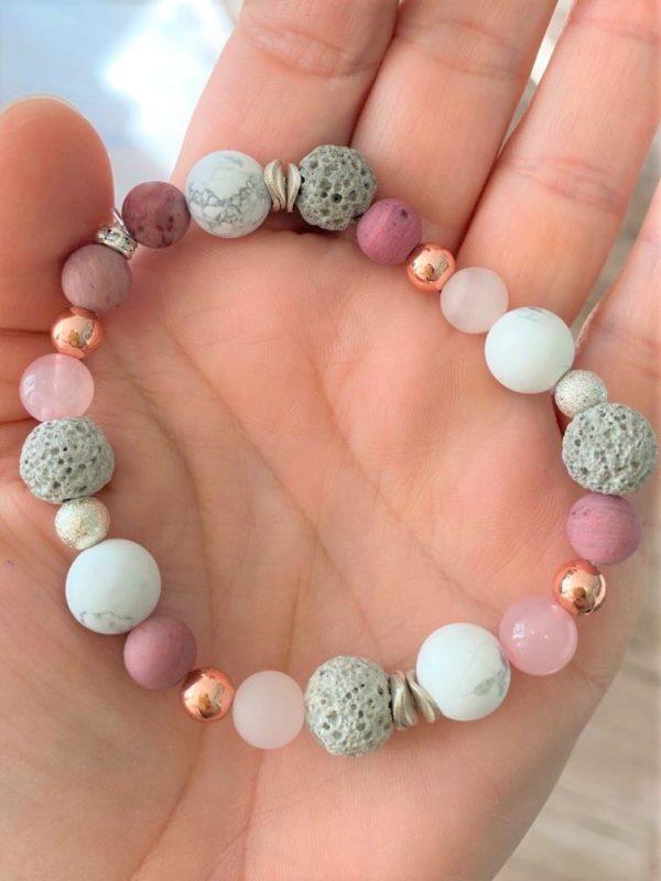 Edelsteinarmband Koralle, Lava, Rosenquarz und Magnesit - Liebe, Schutz, Lebensenergie 1 SanjaNatur