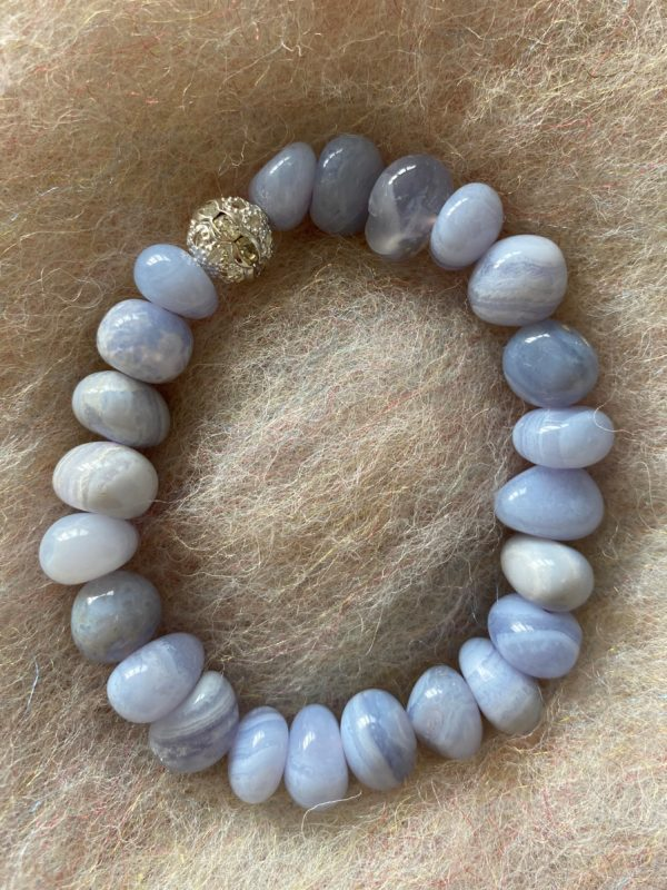 Edelsteinarmband 28 - blauer Chalzedon mit Zirkonia Kugel - innere Ruhe 1 SanjaNatur