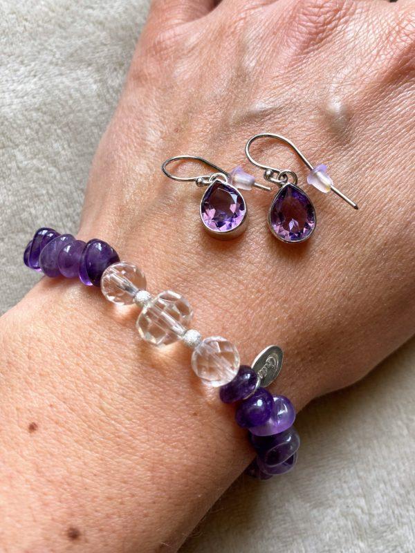 Set: Edelsteinarmband Amethyst mit Bergkristall mit Ohrhänger Amethyst Tropfen - kraftvolle Harmonie 2 SanjaNatur