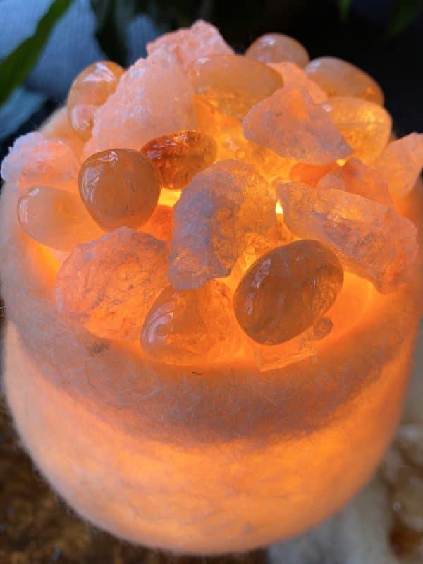Edelstein Filzlampe 063 - creme + Citrin und Salzkristall 2 SanjaNatur