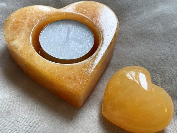 Set: Teelicht Orangencalzit Herz mit Handschmeichler - Selbstliebe und Selbstvertrauen 2 SanjaNatur