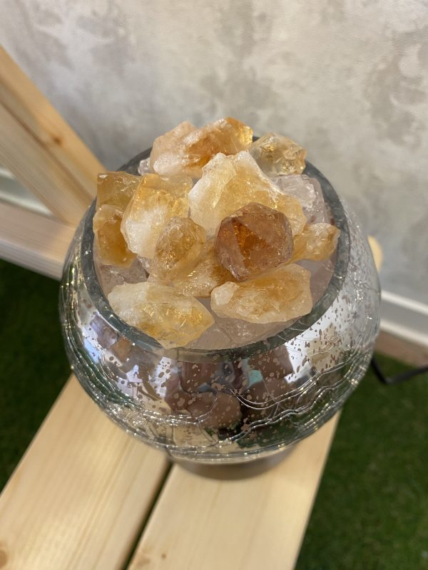 Heilstein Lampe 003 - silber spiegelnd mit Citrin, Bergkristall und Salzkristall 6 SanjaNatur