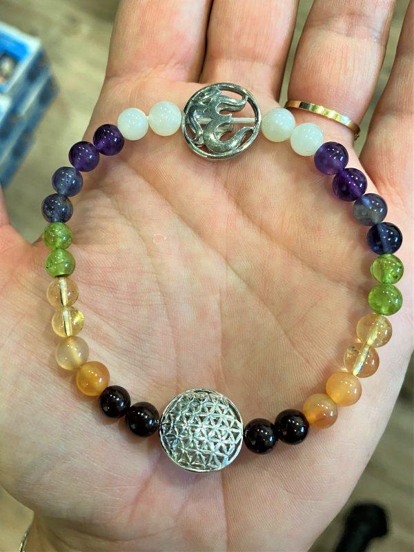 Armband Blume des Lebens, Om-Symbol, Chakraperlen - alle Farben 1 SanjaNatur