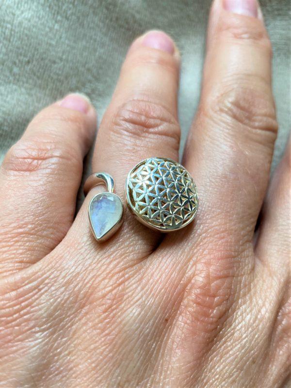 Set Edelsteinarmband Labradorit mit Blume des Lebens und passenden Ring - Harmonie und Energie 6 SanjaNatur