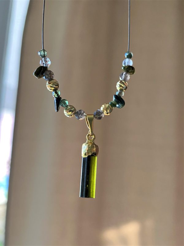 Heilsteinkette grüner Turmalin mit Mondstein - Gold - Erholung und Ausgleich 2 SanjaNatur