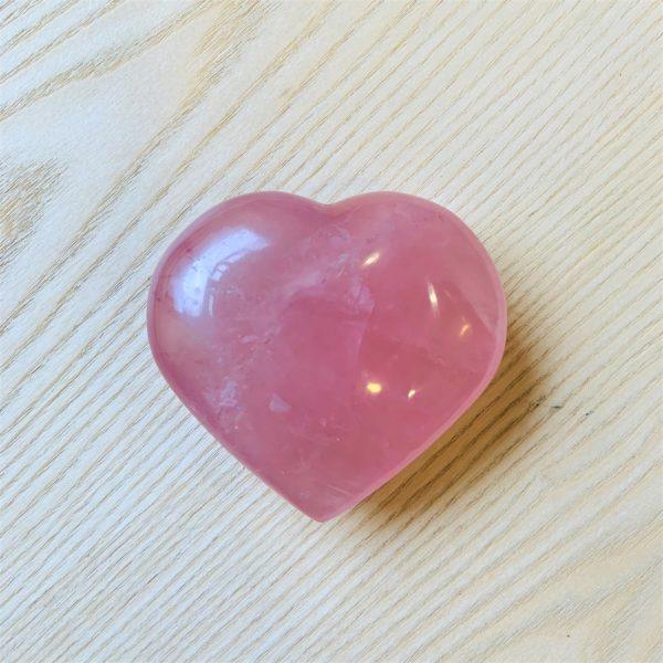 Großes Rosenquarz Herz - Ich lade die Liebe zu mir ein 1 SanjaNatur