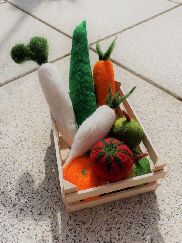 Obst- und Gemüse gefilzt 001 mit Echtholzkiste 2 SanjaNatur