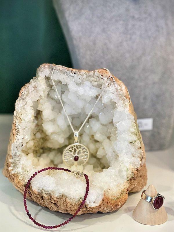 Set: Quarzgeode, mit Rubinkette, Rubinarmband und Turmalin Ring - einzigartige Sonderedition! 1 SanjaNatur