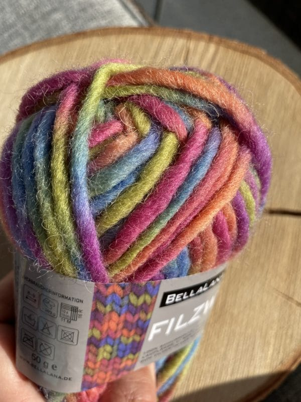 Filzwolle 100% Schurwolle Farbverlauf Einhorn 2 SanjaNatur
