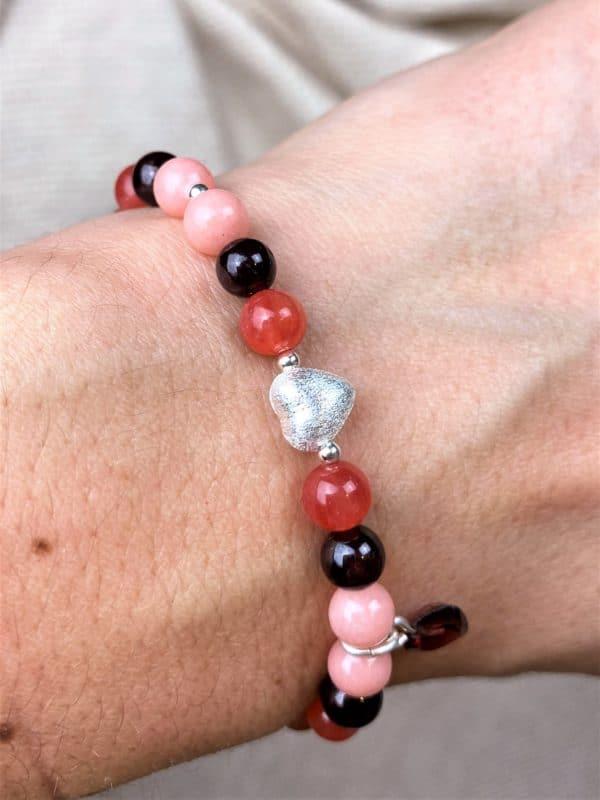 Edelstein Armband Valentinstag Edition Granat, Koralle, Bergkristall - Selbstvertrauen, Klarheit, Liebe 4 SanjaNatur
